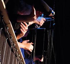 Have a look: puppets on a string – Geheimnisse von Puppen und Figuren (805)