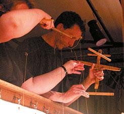 Have a look:  puppets on a string – Geheimnisse von Puppen und Figuren (005)